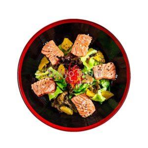 Salata-cu-somon-si-avocado_resized